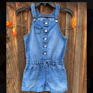 Gap kids light wash jean overall shorts